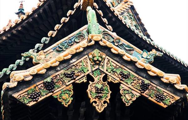 悬鱼:我国古建筑的屋顶装饰性构件