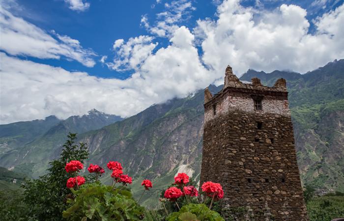 丹巴藏寨——中国最美的六大乡村古镇之首