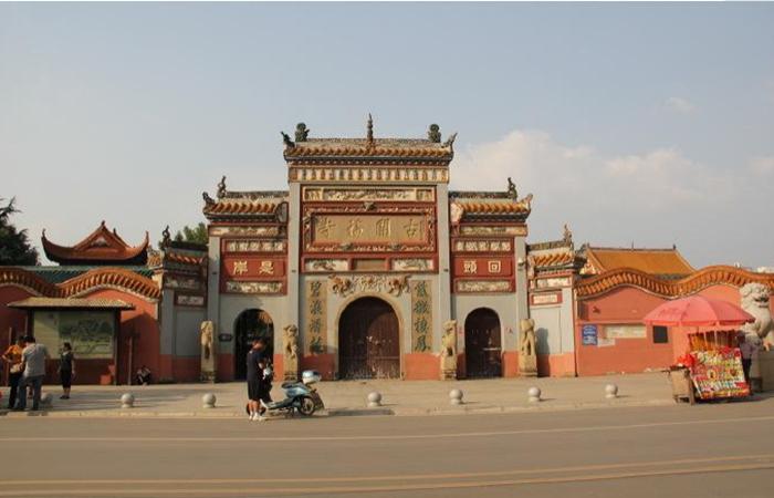 长沙开福寺:1000多年历史,明清宫殿式建筑风格!