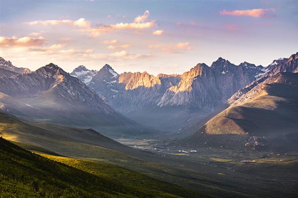 推进青海文化遗产保护 青海藏区考古基地开工