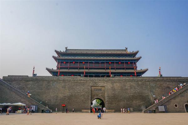 西安城墙:一本无字的煌煌史书