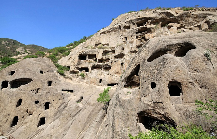 千古之谜古崖居,中国古代洞窟聚落遗址之一