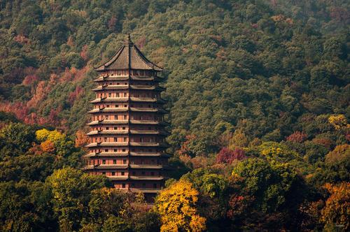 杭州六和塔:西湖边上的古代建筑艺术杰作