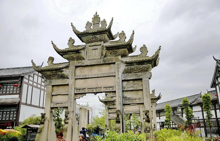 四川古牌坊:每一座牌坊都是石雕工艺品