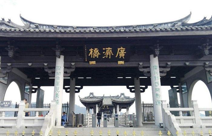 潮州广济桥——世界上最早的封闭式桥梁