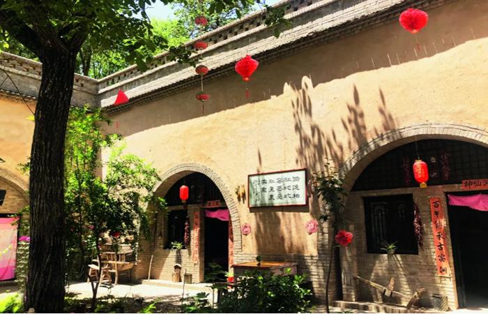 地下古村重焕新生——以陕西省三原县柏社村地坑窑改造为例