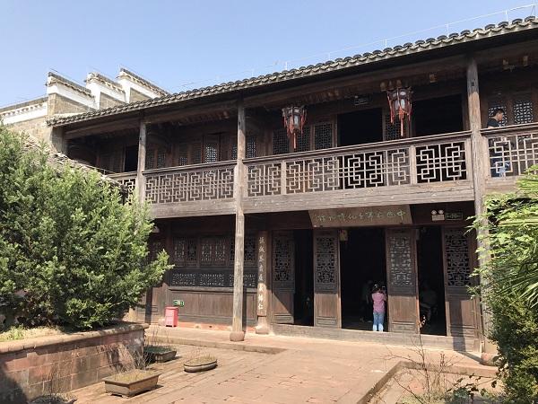 汪山土库木结构建筑