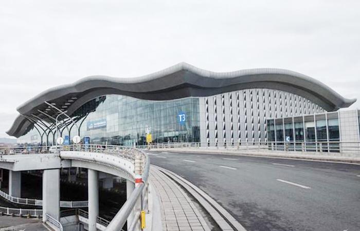 建筑大师孙国城主持设计的乌鲁木齐国际机场