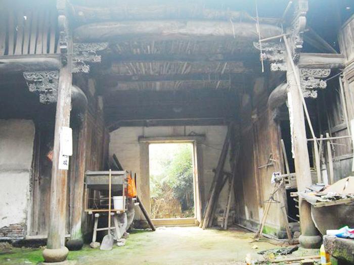 出售_三进官厅,面积350平方,木雕古宅