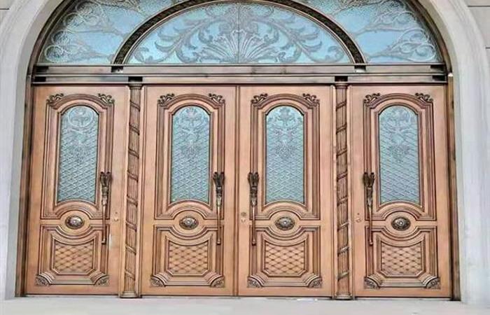 客户案例-工程案例-铜门1