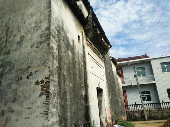 江西190方木雕古宅出售