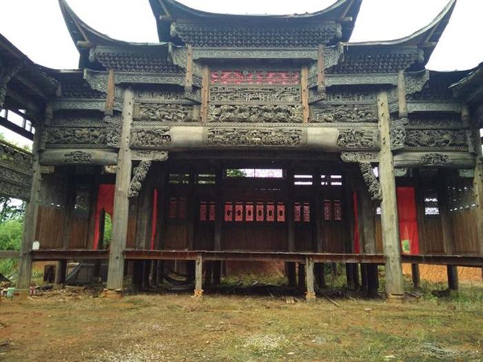 江西1700方木雕古宅出售
