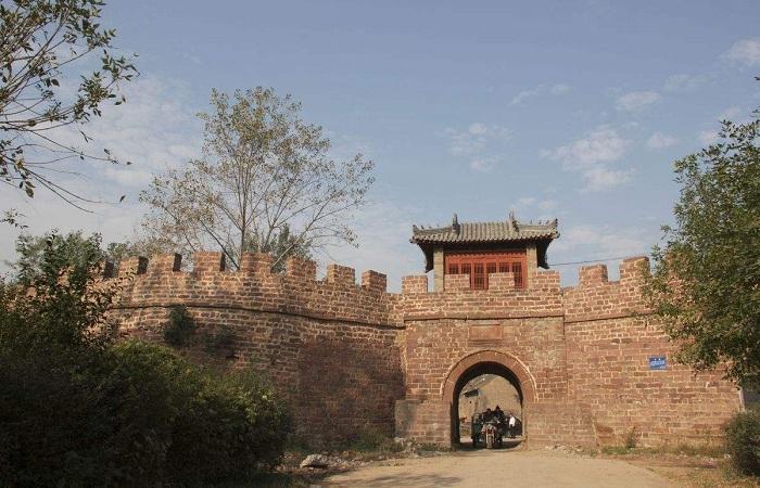 郏县临沣寨 中原第一红石古寨