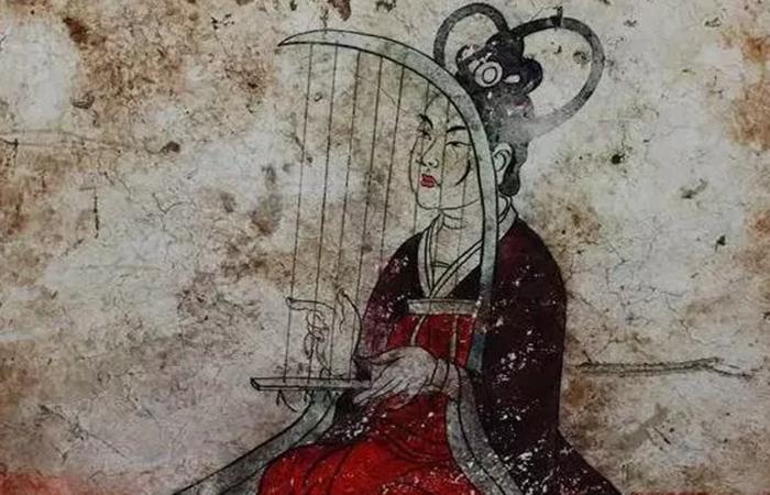古代人春节的服饰有什么讲究?