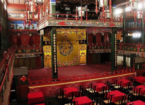 虎坊桥湖广会馆戏台
