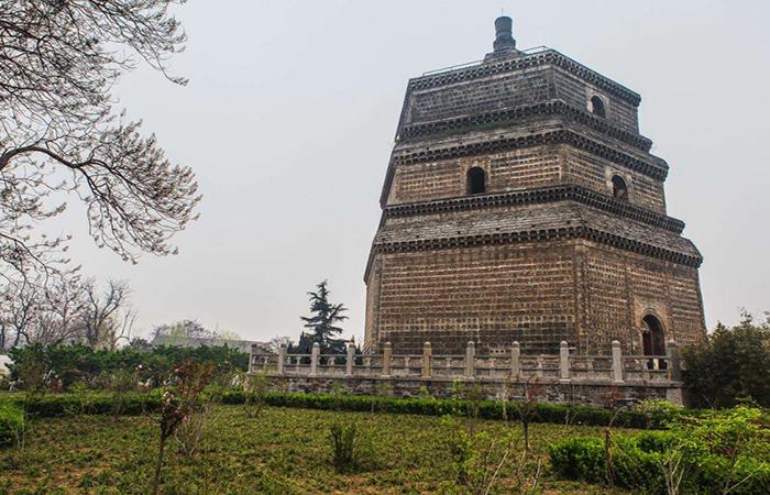 河南古建筑宋代繁塔——开封最古老的建筑