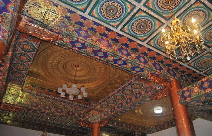 南古平面彩绘吊顶、寺庙吊顶有哪些优势?