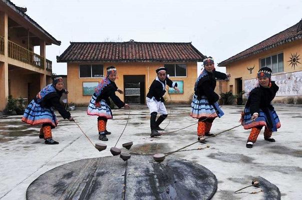 壮族的传统节日·陀螺节
