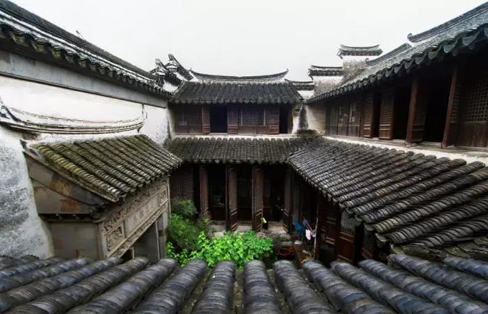 浅谈中国古建筑民居中天井的智慧