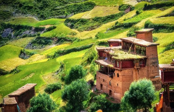 藏族传统民居建筑——康巴民居