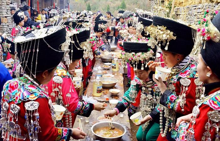 苗族的传统节日和风俗是什么(汇总)