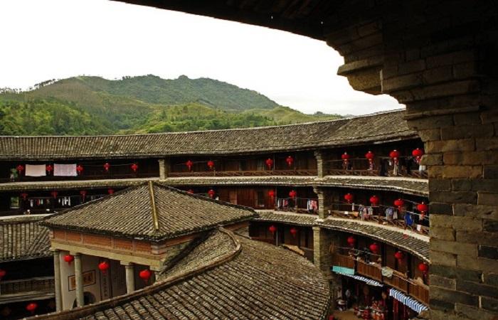 中国传统建筑民居发展脉络及类型