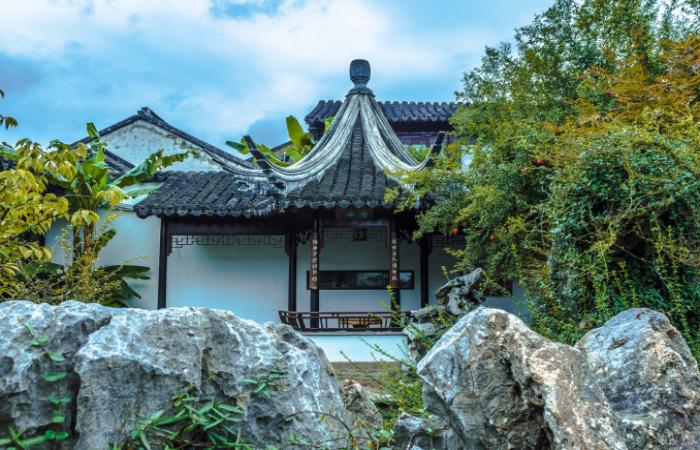 中国古建筑的结构和布局是怎么样的?