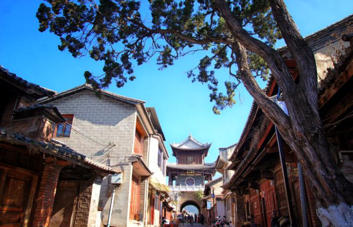 云南巍山古城——600多年的明清古建筑群