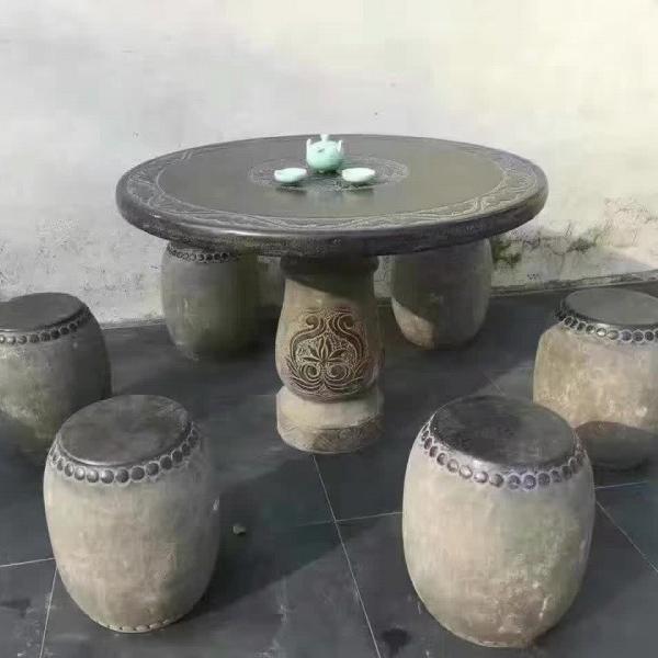 圆桌一套 一桌六个凳子