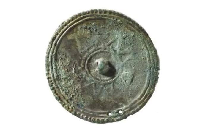 中国古代艺术——铜镜文化的魅力