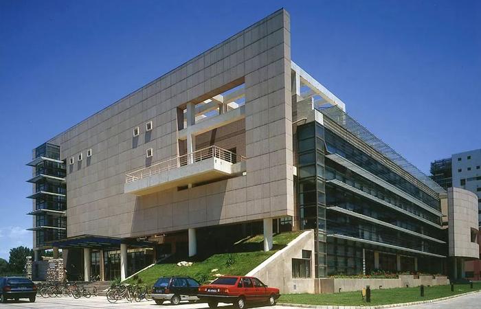 建筑大师胡绍学设计作品-清华大学设计中心楼