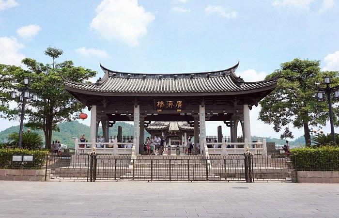 潮州广济桥的由来传说