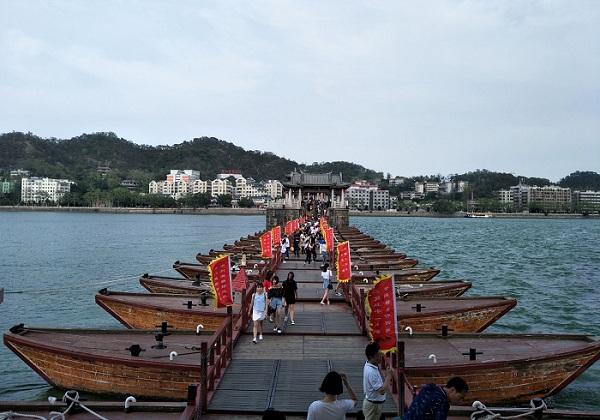 潮州广济桥梭船