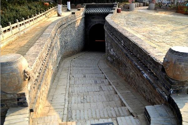 地坑院入口