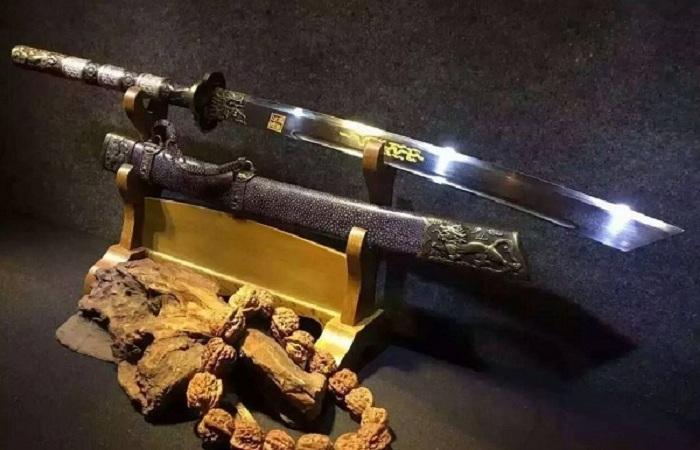 中国古代兵器大全:十八般兵器的详解和大图
