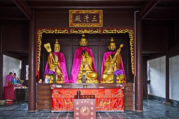 三清殿供奉的三清分别是哪三清