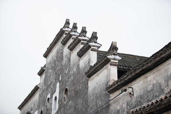 山墙是指建筑物的什么