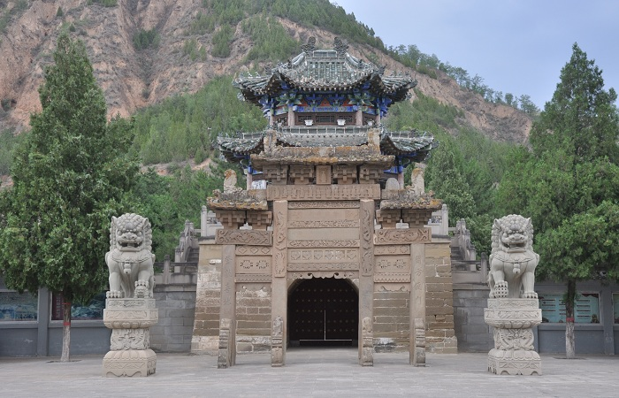 钟山石窟——宋代边城上的最大宗教遗存