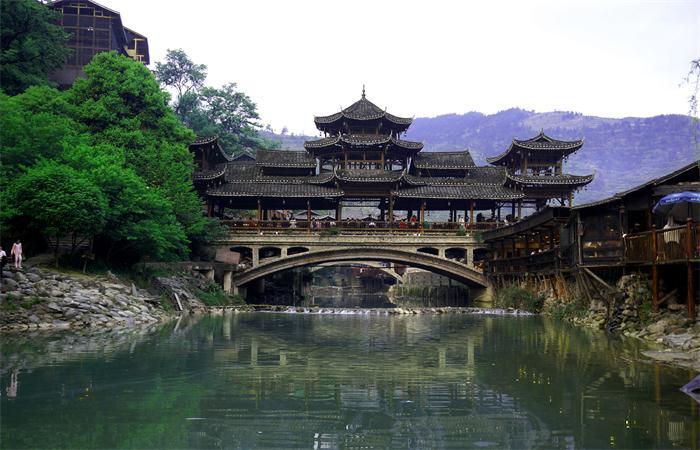 中国少数民族-侗族的建筑文化特色