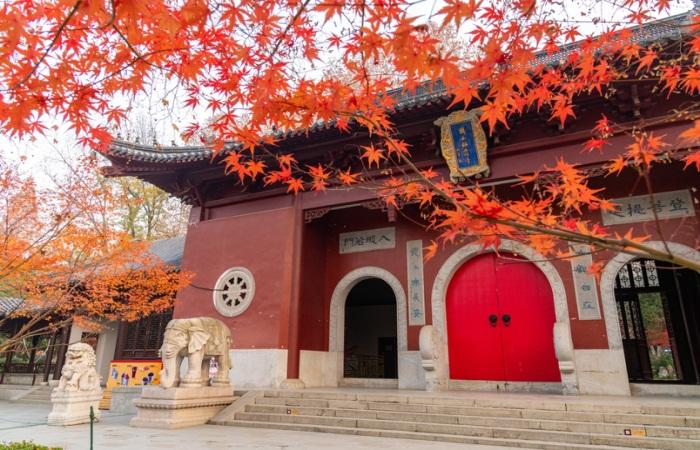 浅谈中国寺院建筑的艺术处理
