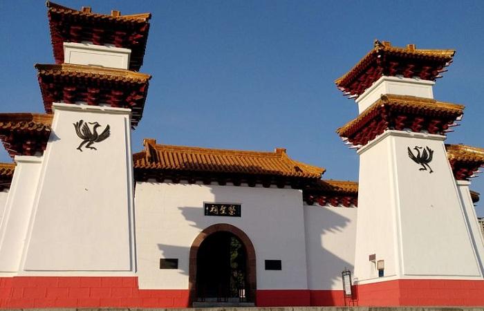论汉阙建筑的文化特性及其当代意义
