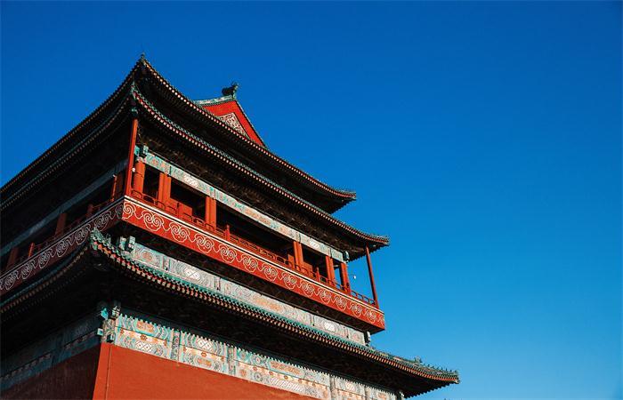 """中国古建筑为何""""坐北朝南""""?"""
