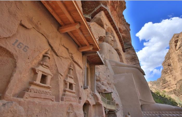 国务院办公厅印发《关于加强石窟寺保护利用工作的指导意见》