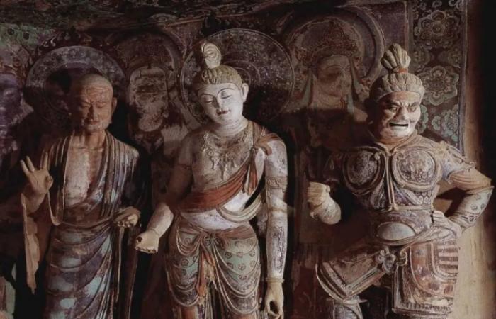 汉地菩萨造像服饰的文化意蕴