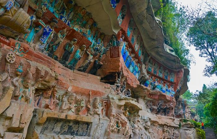 重庆大足石刻形成全方位保护格局