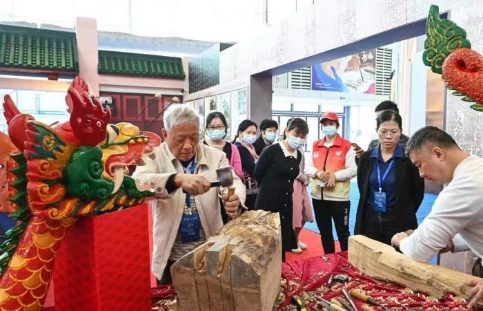 广东阳江举办首届艺博会 呈上海丝文化盛宴