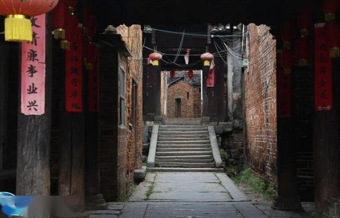 广西贺州瑶族的特色民居建筑