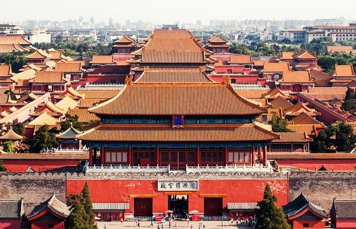 中国早期都城的设都制度