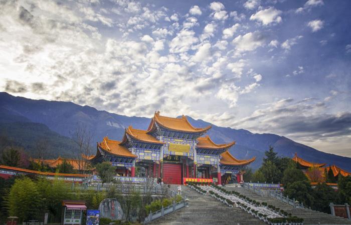 中国佛教寺庙的建筑风格特点