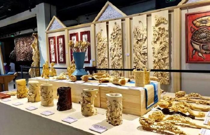用艺术创意助力脱贫:剑川木雕的发展新路